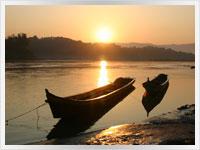 the mekhong river in laos